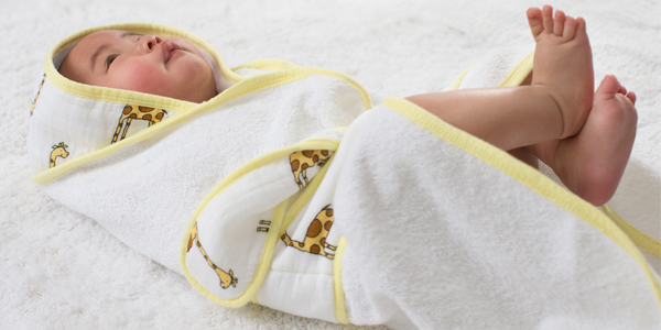 baby bath wrap how to