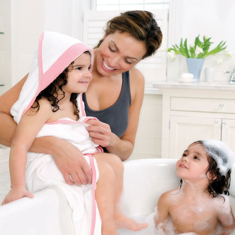 bathing-beauty-hooded-towel-set