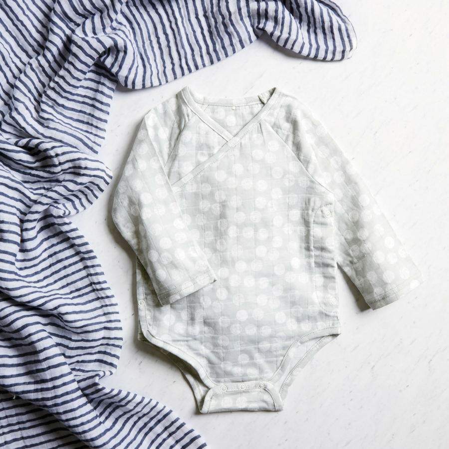 muslin-baby-clothing-long-snap-suit-gray-grey-dot