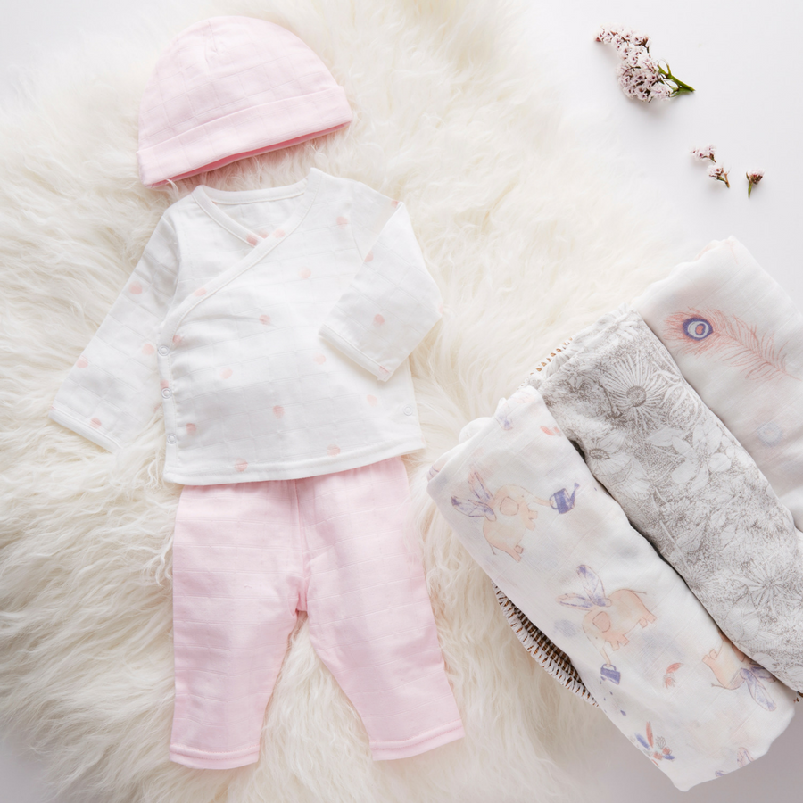muslin-baby-clothing-newborn-set-pink-dots