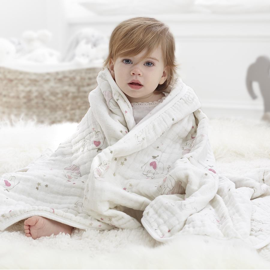 baby-blanket-muslin-baby-wrapped-pink