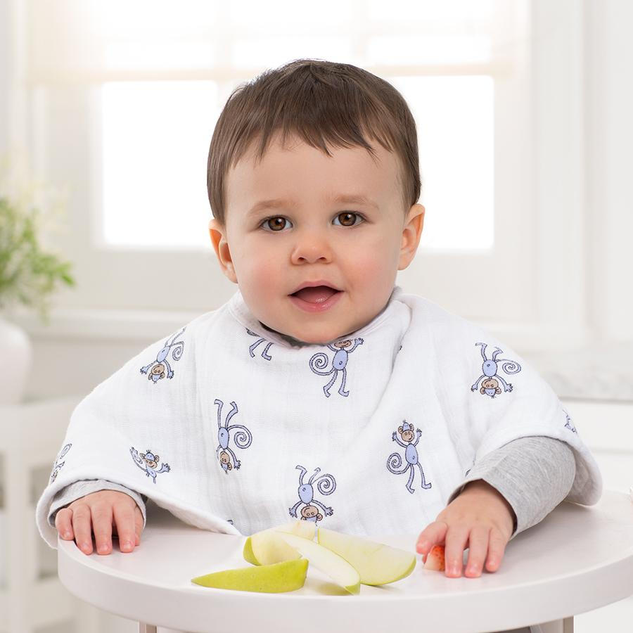 bib-muslin-burp-cloth-baby-eating
