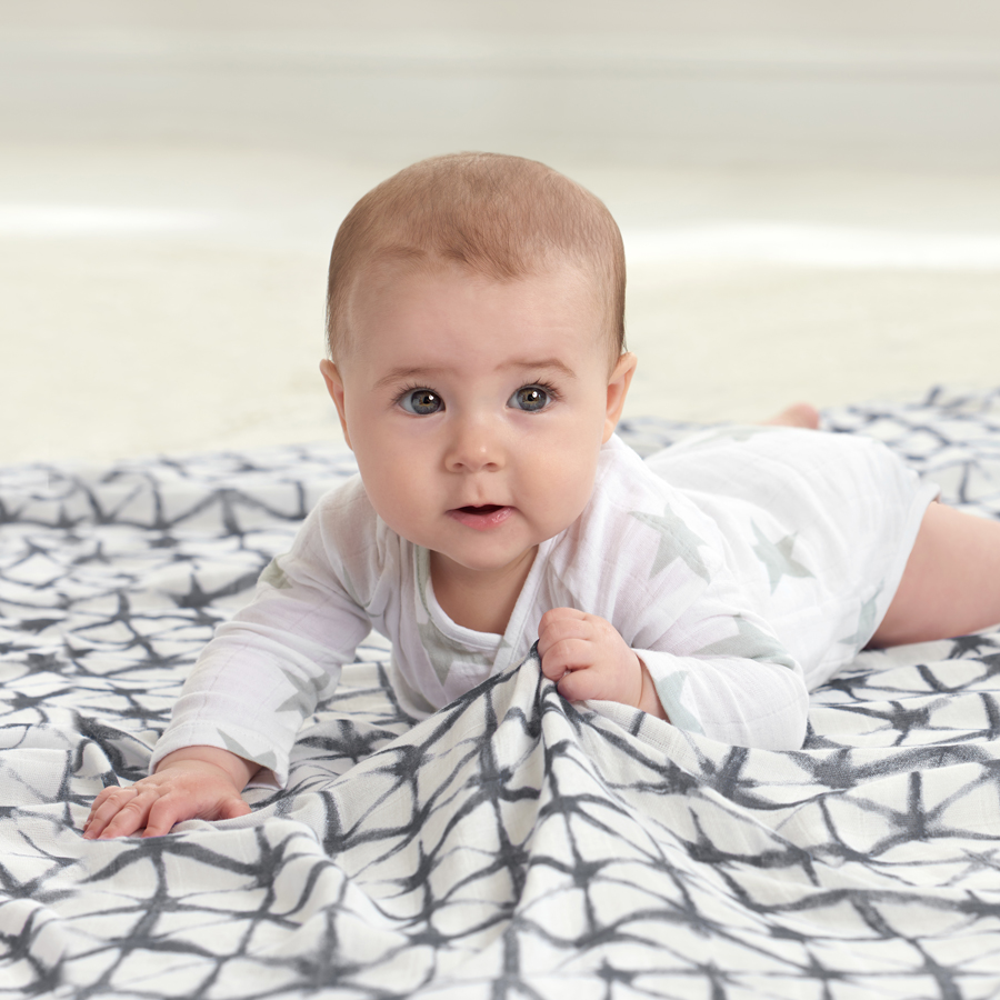 Pebble-Shibori-single-Swaddle-lg