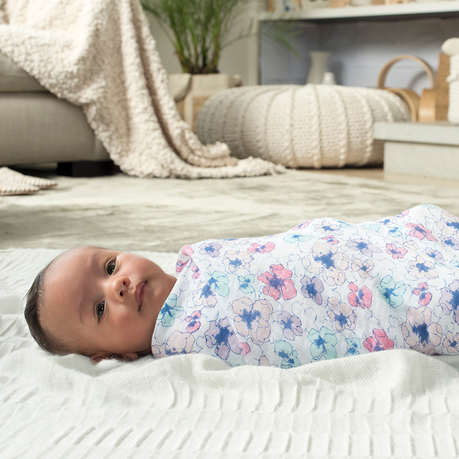 classic-swaddle-1pk-trail-blooms