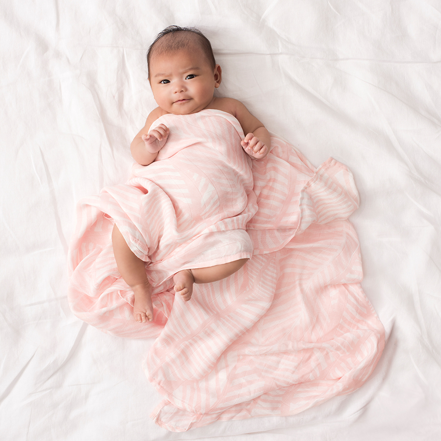 silky-soft-swaddle-single-1pk-island-getaway