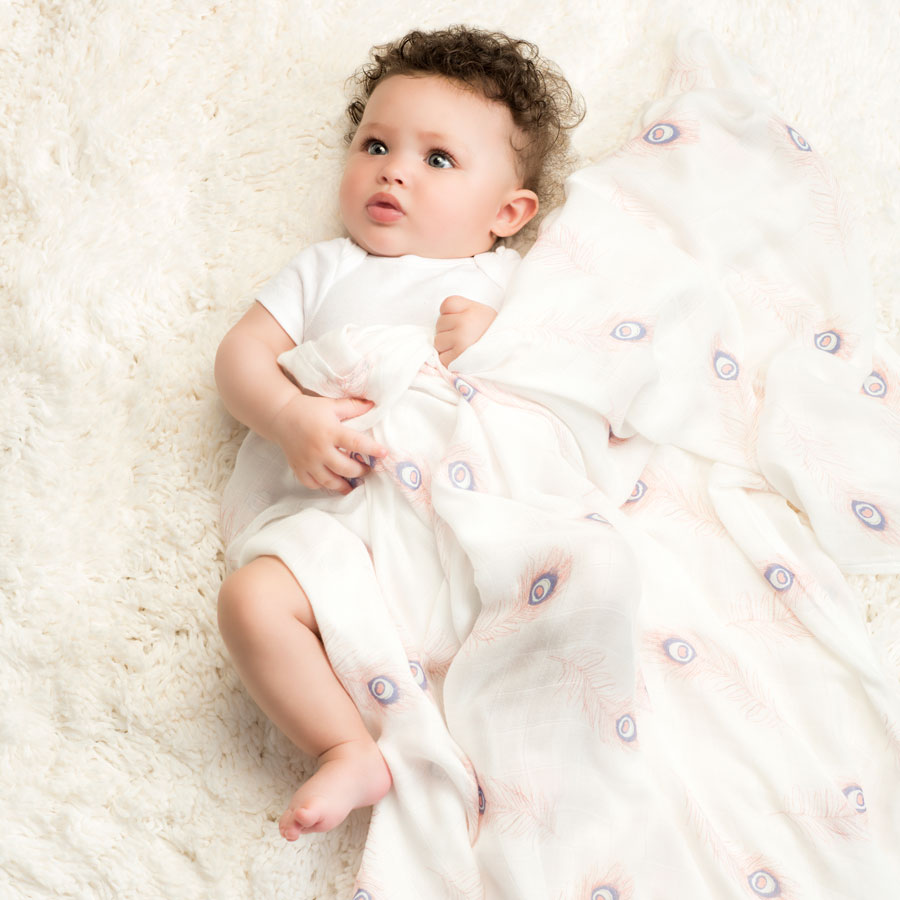 swaddle-silky-soft-muslin-baby-sleep-featherlight