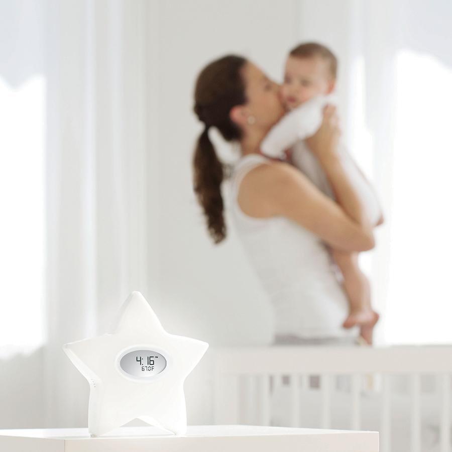 sound-machine-night-light-mom-baby