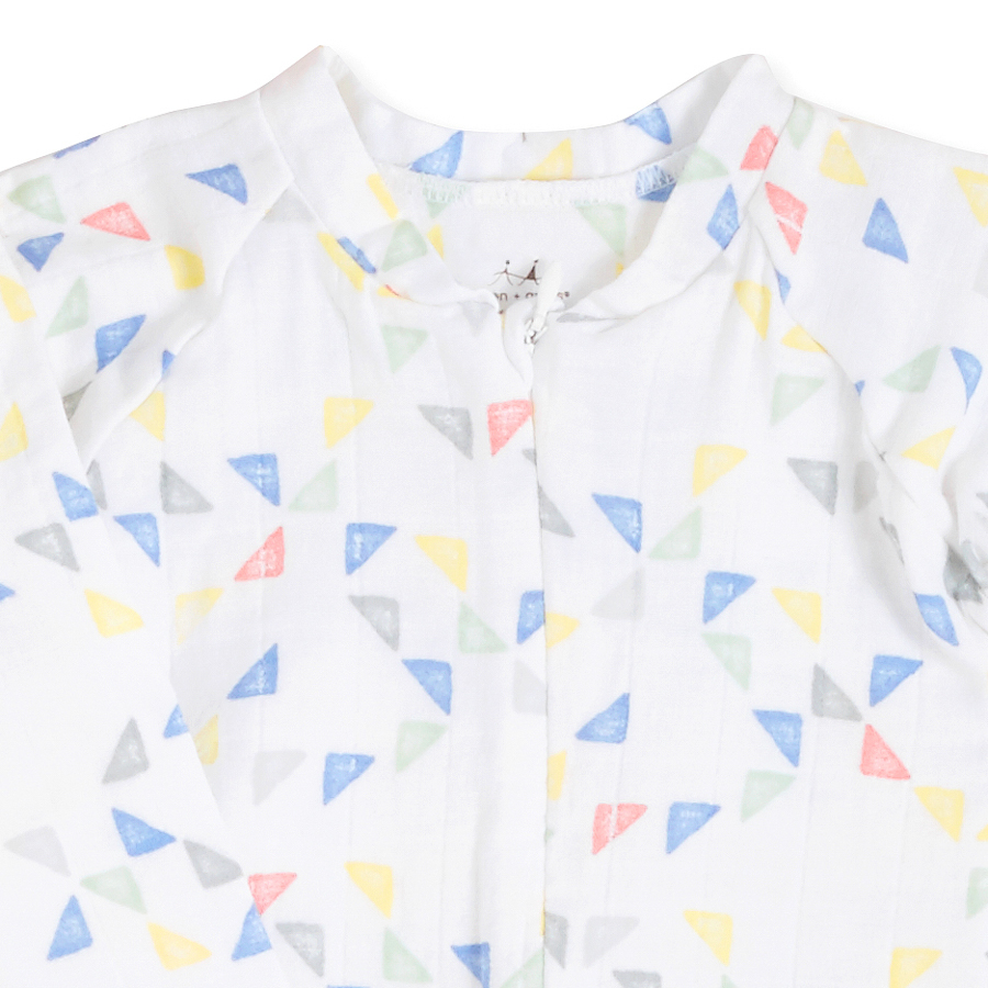 long-sleeve-zipper-one-piece-triangles