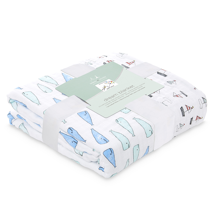 classic-dream-blanket-natchie-whales-boats