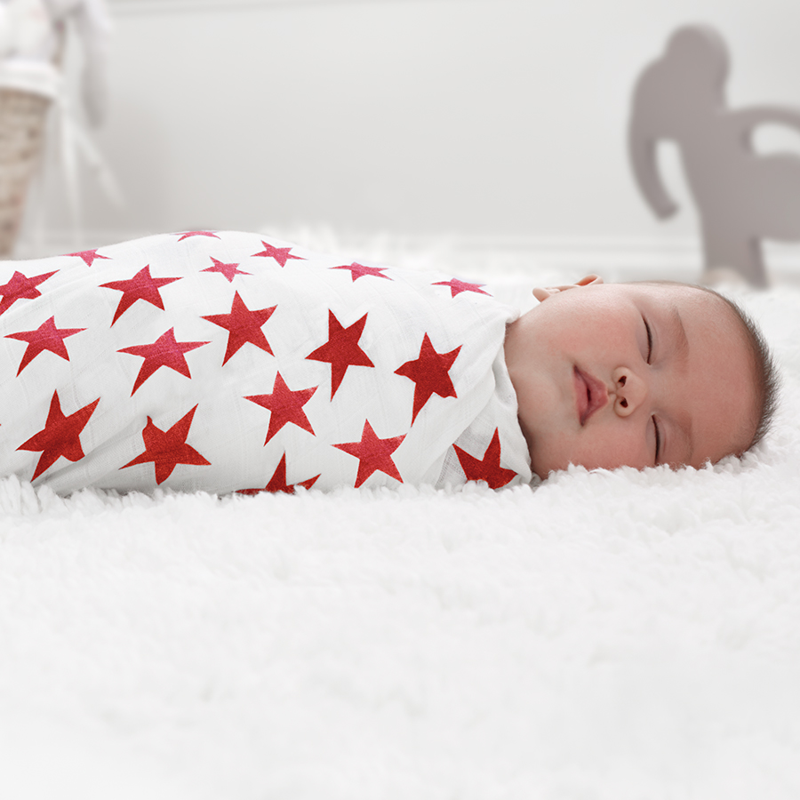 swaddle-muslin-baby-red-stars
