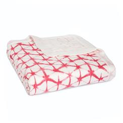 silky-soft-dream-blanket-berry-shibori